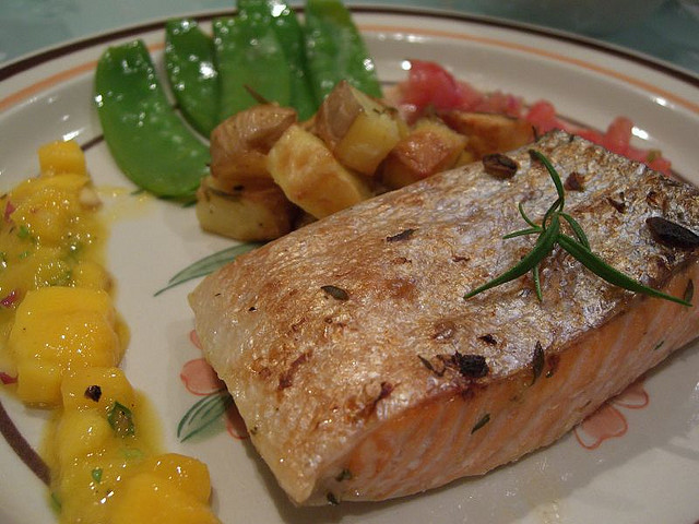 Thyme and Garlic Grilled Salmon with Mango Salsa, Rosemary Potatoes and Snow Peas