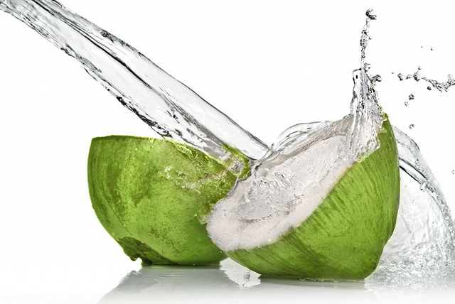 Fresh Coconut Water 1024 X685