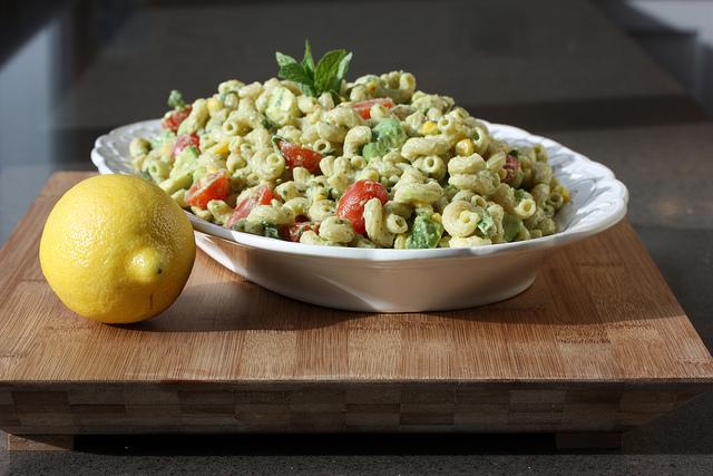 01 15 13_California Avocado Macaroni Salad_0525