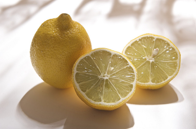 8 Reasons Why You Should Consume More Lemons