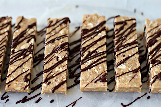 No Bake Almond Fudge Protein Bars