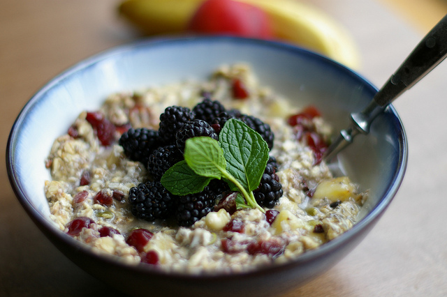 5 Overnight Oats Recipes That Will Become Your Favorite Breakfast
