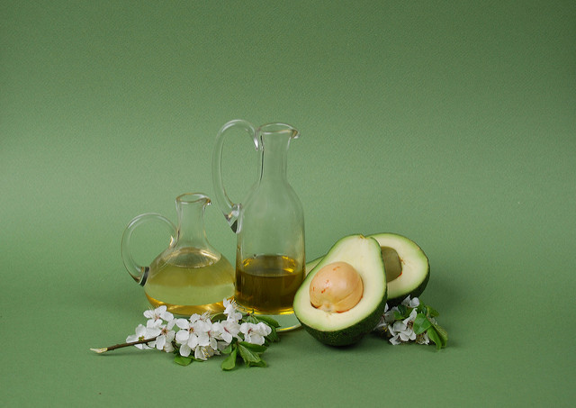 Everything You Should Know About Avocado Oil