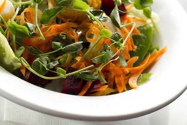 6 Salad Dressings Anyone Can Make